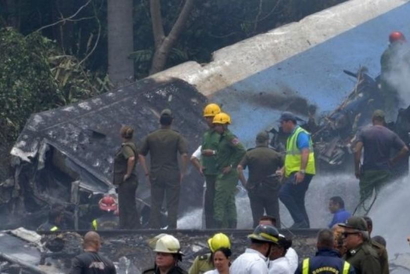Pesawat yang jatuh tak jauh dari Bandara International Havana, Kuba.
