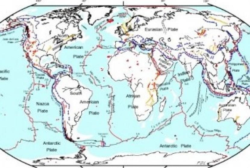 Peta lempeng tektonik dunia