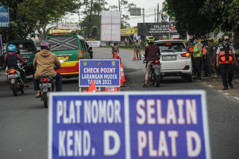 Pemeriksaan kendaraan di Bandung, ilustrasi