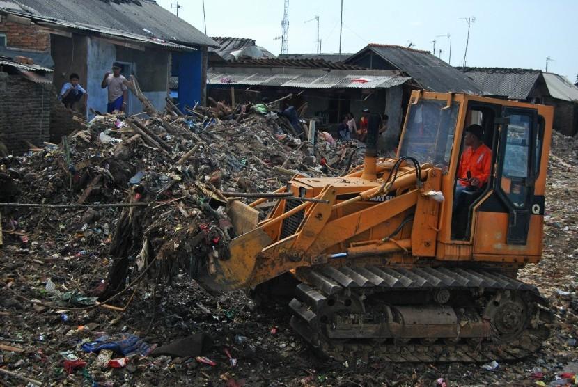 Tsunami hit area in Teluk Nelayan I village, Labuan, Pandeglang, Banten,Wednesday (Jan 9).