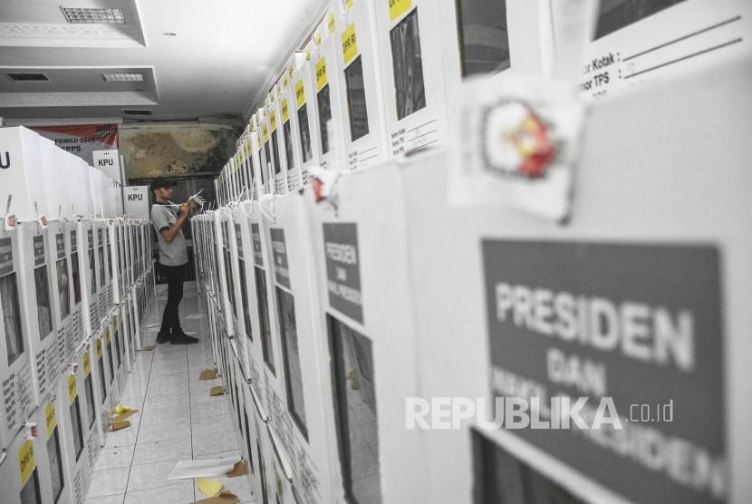 gudang penyimpanan logistik pemilu / Ilustrasi
