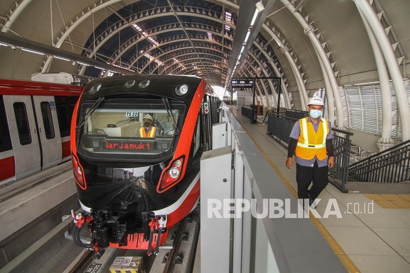 LRT terapkan tarif integrasi dengan TransJakarta sebesar Rp 8.500.