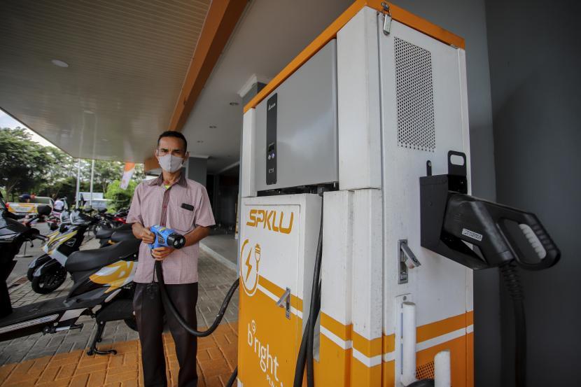 Gojek memastikan akan memperluas rencana pemanfaatan kendaraan listrik.