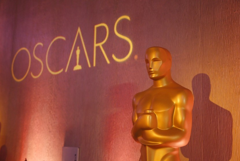 Piala Oscar.