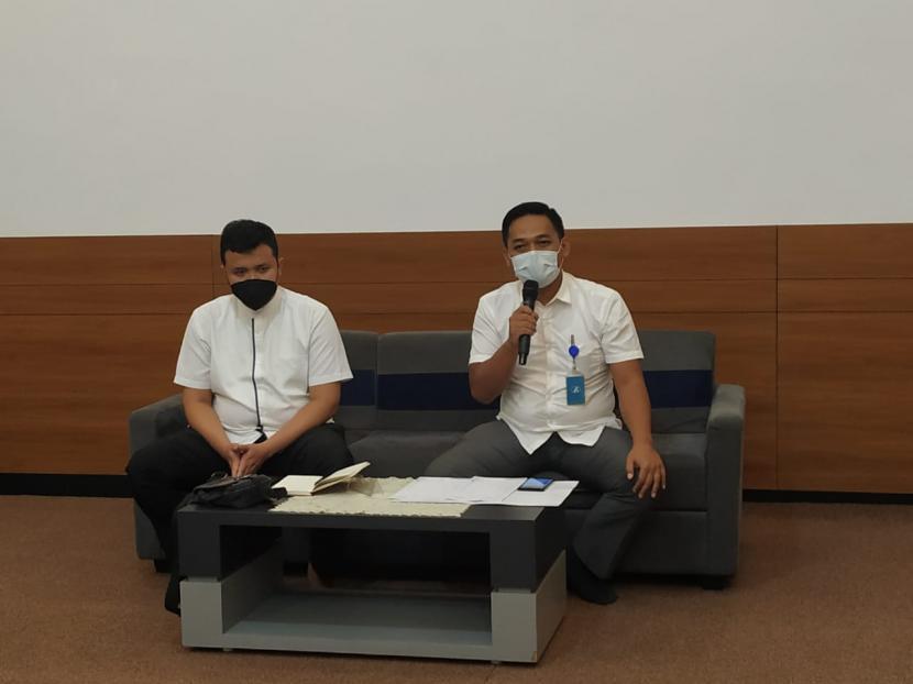 Pihak RS Jasa Kartini Kota Tasikmalaya menggelar konferensi pers terkait adanya dugaan pelanggaran perlindungan konsumen, Senin (3/5).