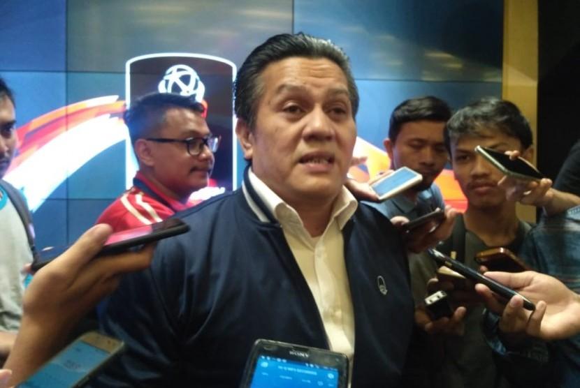 Plt Ketua Umum PSSI, Gusti Randa usai konferensi pers drawing perempat final Piala Presiden 2019, di Stadion Utama Gelora Bung Karno, Jakarta pada Selasa (19/3).