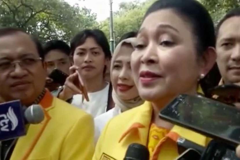 Politikus Partai Berkarya, Siti Hediati Hariyadi atau lebih dikenal dengan Titiek Soeharto