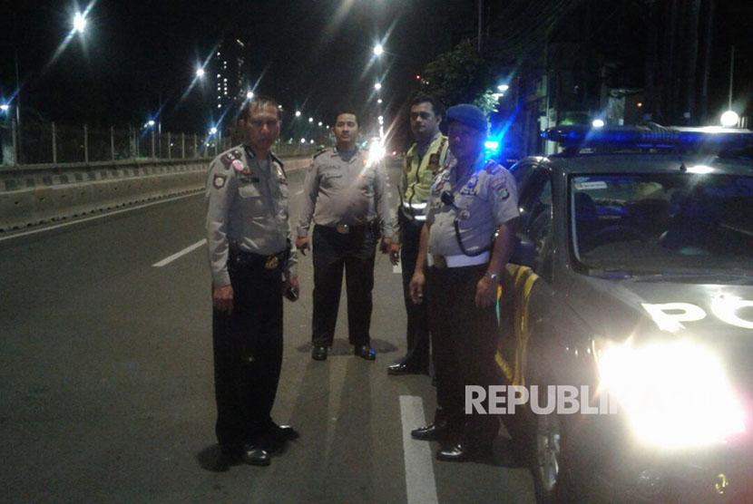 Polisi lakukan patroli untuk antisipasi kejahatan jalanan.