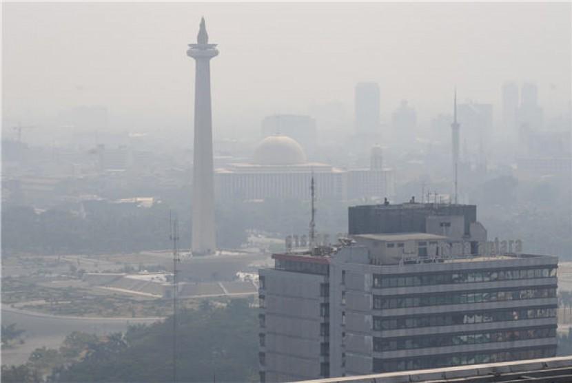 Polusi udara kota DKI Jakarta.