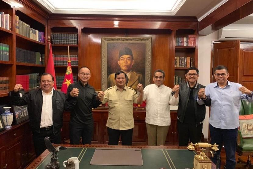 Prabowo Subianto bertemu dengan lima sekjen parpol pendukungnya.