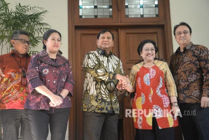 Prabowo Subianto tiba di rumah Megawati di Jalan Teuku Umar, Jakarta Pusat pada Rabu (24/7).