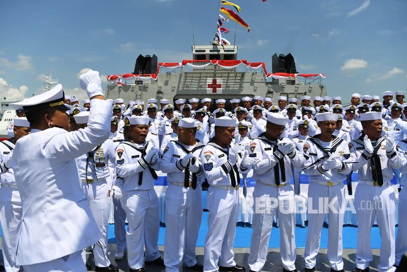 Inauguration of KRI Semarang 594 at Ujung area of Tanjung Perak Port, Surabaya, East Java, Monday (Jan 21).