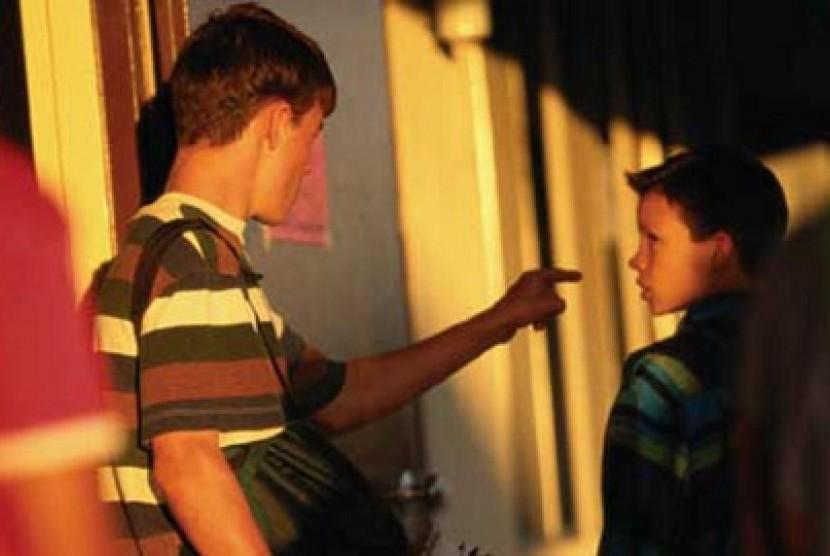 Praktik bullying oleh siswa di sekolah (ilustrasi)