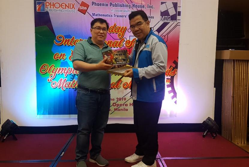 Presdir KPM menjadi salah satu pembicara di seminar matematika internasional di Manila, Filipina.
