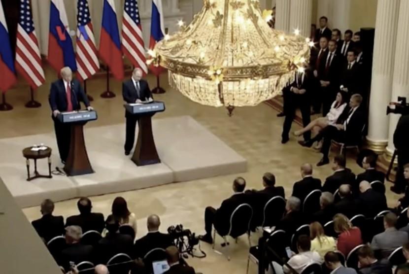 Presiden AS Donald Trump dan Presiden Rusia Vladimir Putin, bertemu di Helsinki, Finlandia.