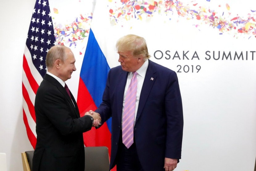 Presiden AS, Donald Trump dan Presiden Rusia, Vladimir Putin