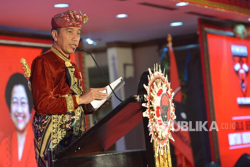 Presiden Joko Widodo berpidato pada pembukaan Kongres V PDIP di Sanur, Bali, Kamis (8/8/2019).