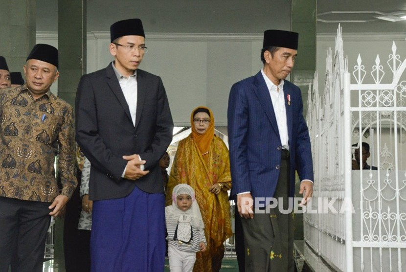 Presiden Joko widodo bersama Gubernur NTB TGB Zainul Majdi.