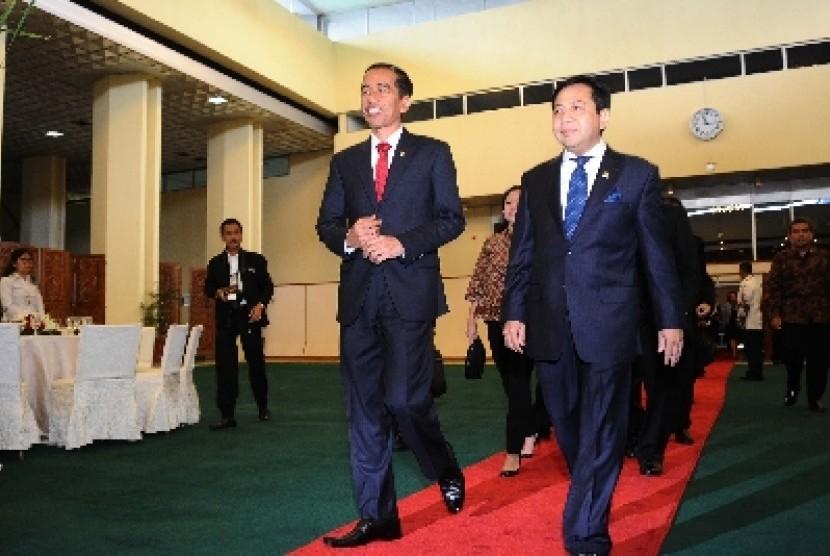 Presiden Joko Widodo bersama Ketua DPR Setya Novanto.