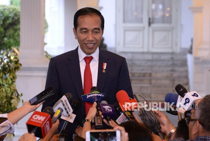 Presiden Joko Widodo memberikan keterangan terkait kerusuhan di Manokwari dan Sorong di Kompleks Istana Kepresidenan Jakarta, Senin (19/8/2019).