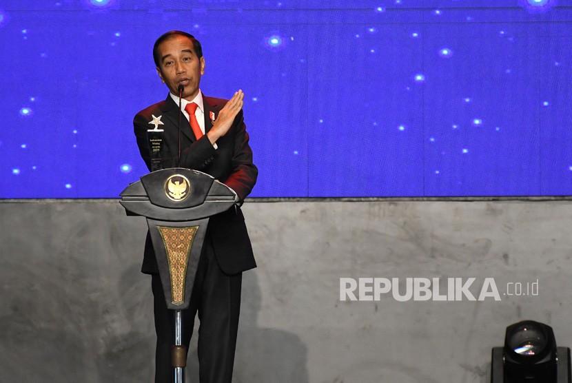 Presiden Joko Widodo. Wakil Ketua MPR Arsul Sani mengatakan, MPR belum membahas isu mengenai presiden boleh menjabat tiga periode.