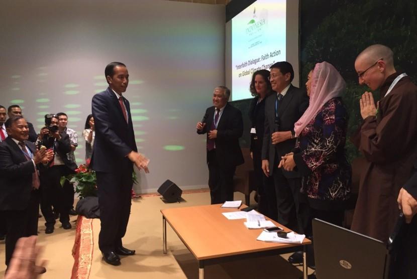 Presiden Joko Widodo Saat menghadiri KTT Perubahan Iklim Paris, Perancis.