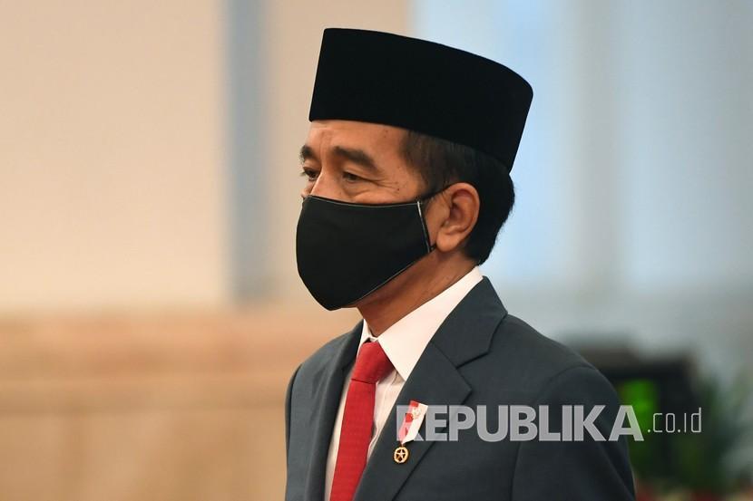 Di Depan Kader Gerindra Jokowi Ungkap Cara Terhindar Resesi Republika Online