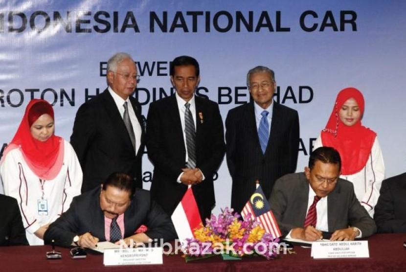 Presiden Jokowi bersama PM Malaysia Tun Najib Abdul Razak.