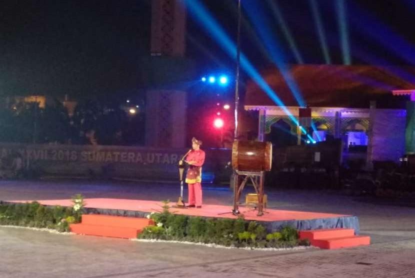 Presiden Jokowi meresmikan pembukaan MTQ Nasional XXVII tahun 2018 di Kota Medan, Ahad (7/10).