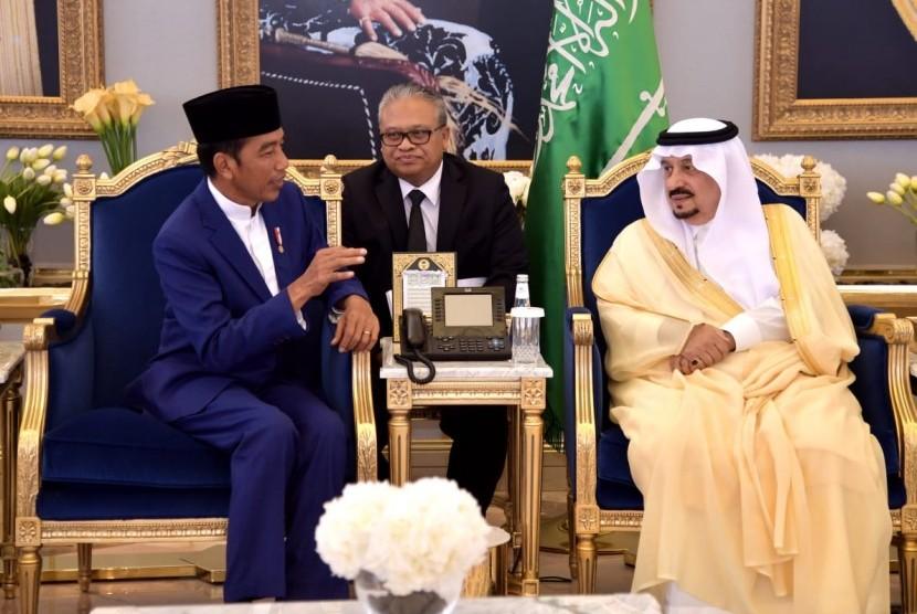 Presiden Jokowi tiba di Riyadh, Arab Saudi untuk menemui Raja Salman bin Abdulaziz Al-Saud, Ahad (14/4).