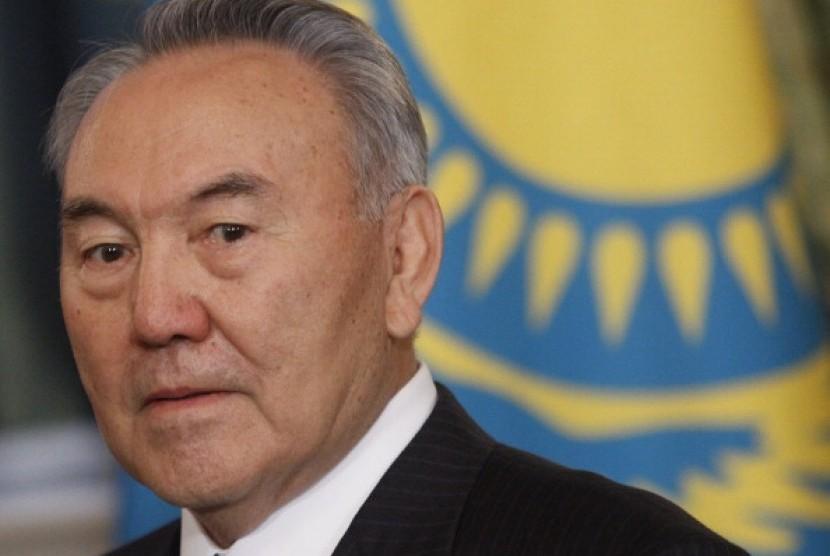 Mantan presiden Kazakhstan Nurzultan Nazarbayev