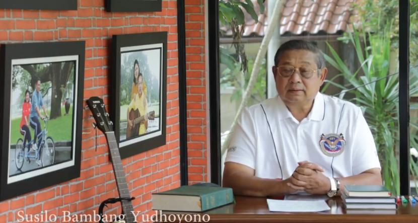 SBY Ciptakan Lagu untuk Klub Bola Voli. Foto: Presiden ke-6 Republik Indonesia Susilo Bambang Yudhoyono (SBY)