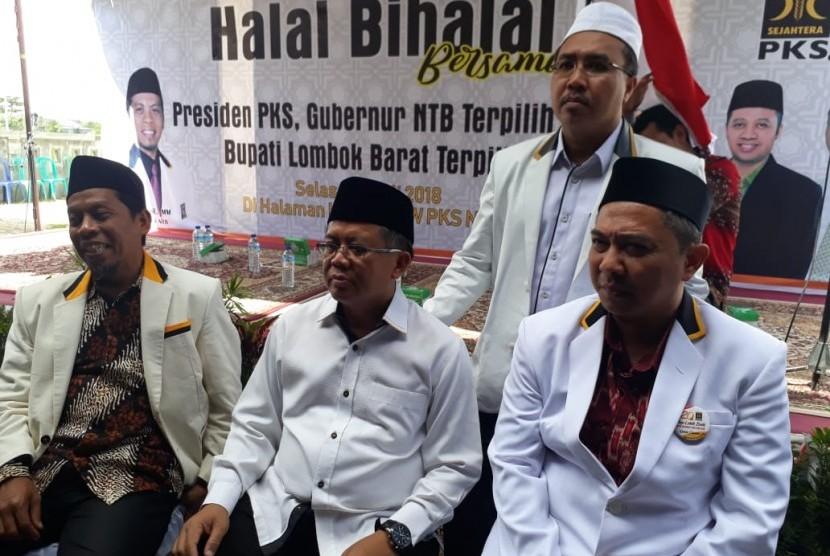 Presiden PKS Sohibul Iman saat halal bihalal bersama kader PKS NTB di Kantor DPW PKS NTB di Jalan Lingkar Selatan, Mataram, NTB, Selasa (10/7).