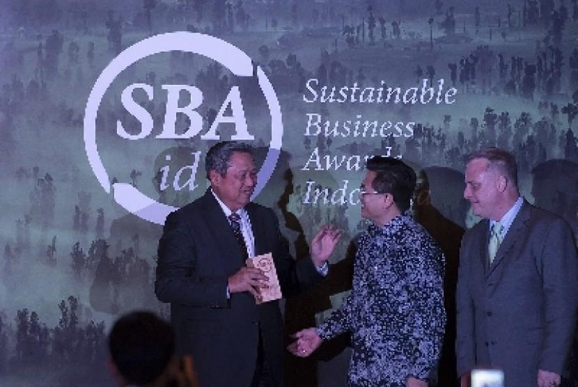 Presiden RI ke-6 Susilo Bambang Yudhoyono (kiri).