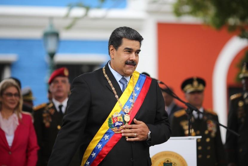Presiden Venezuela, Nicolas Maduro saat peringatan Angostura Discour Bicentennial di Ciudad Bolivar, Venezuela (15/2).