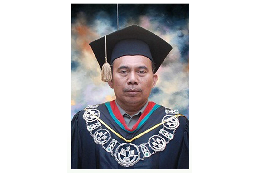Prof Dr Djaali, rektor UNJ periode 2014-2018