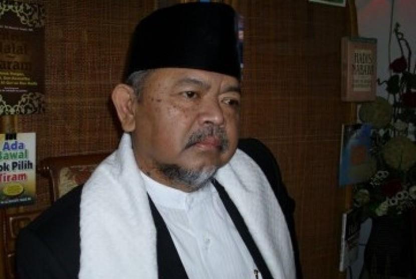 Prof Dr KH Ali Mustafa Yaqub MA