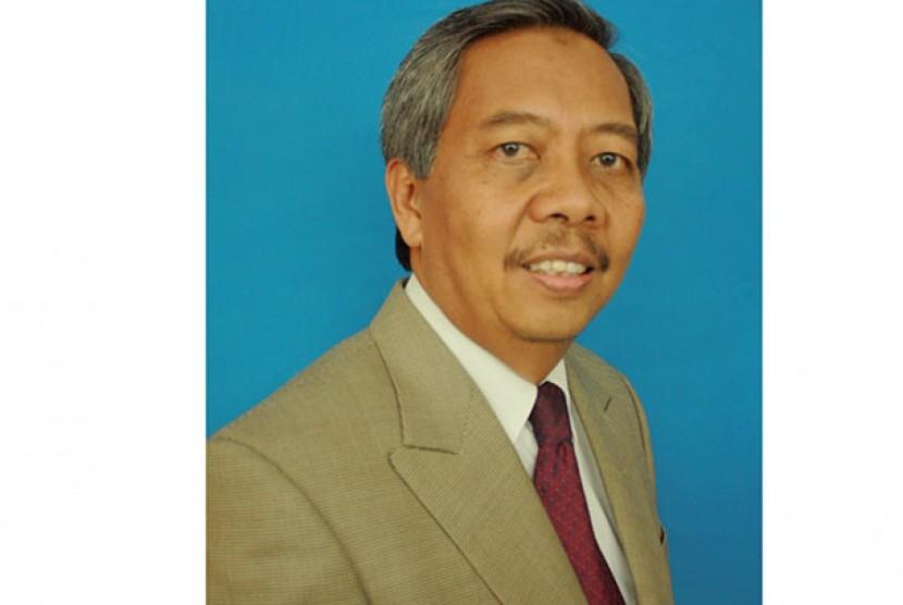 Prof Sudharto P Hadi