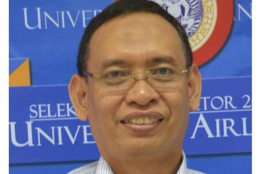 Profesor Muhammad Nasih.