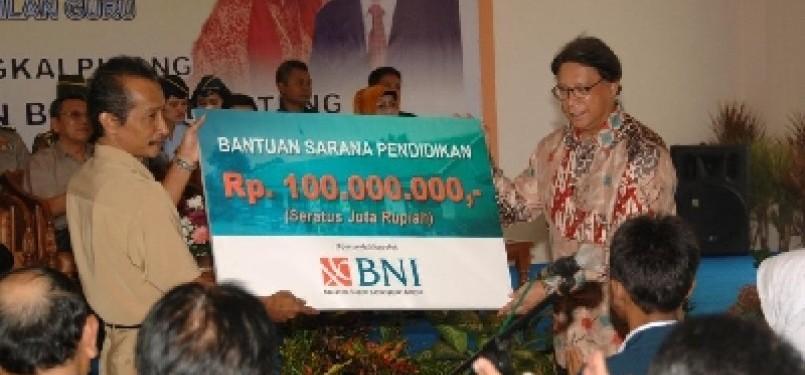 Program CSR BNI untuk bantuan sarana pendidikan di Provinsi Kepulauan Bangka Belitung.
