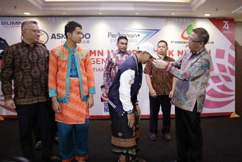 Prosesi pelepasan siswa SMN di Pontianak, Kalimantan Barat, Senin (19/8).