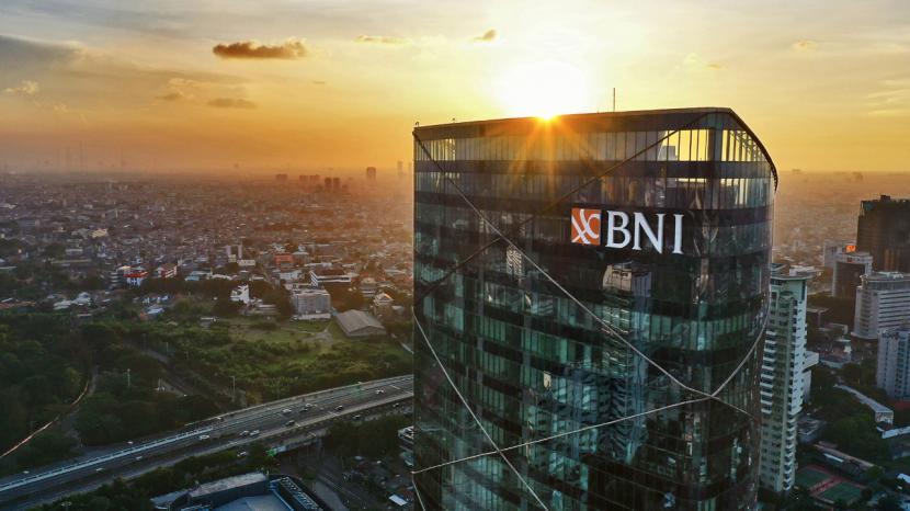 PT Bank Negara Indonesia (Persero) Tbk menyalurkan kredit proyek infrastruktur jaringan serat optik sebesar Rp 256,5 miliar pada kuartal II 2021.