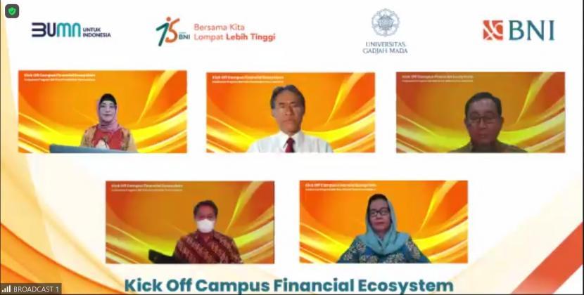 PT Bank Negara Indonesia (Persero) Tbk menjadikan Universitas Gadjah Mada (UGM) menjadi Kampus Pertama yang dijadikan percontohan penerapan Ekosistem Finansial Kampus yang Terintegrasi.