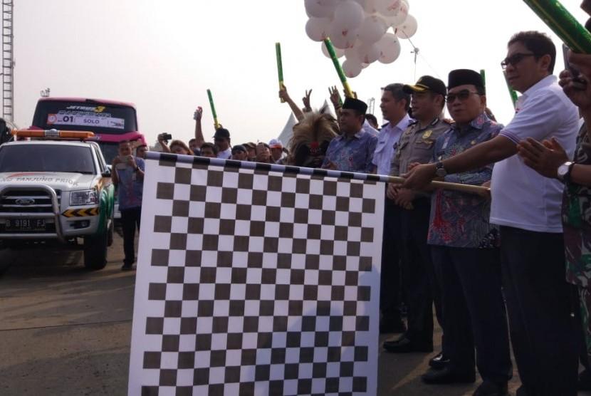 PT. Pelabuhan Indonesia II (Persero) atau IPC memberangkatkan 20.800 pemudik untuk pulang kampung secara gratis pada Kamis (7/6).