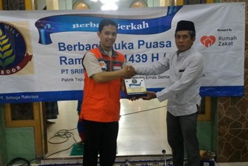 PT Sriboga Flour Mill bersama Rumah Zakat kembali berkerja sama dalam program Berbagi Buka Puasa (BBP) Ramadhan 1439 H.