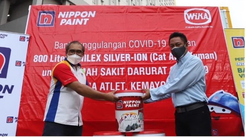 PT Wijaya Karya (Persero) Tbk bersama Nippon Paint akan melapisi dinding bangunan RSDC Wisma Atlet Kemayoran dengan 800 liter cat anti-mikroba formula silver-ion pada tower 4, 5, dan 7 dengan total luas area 3.487 meterpersegi.