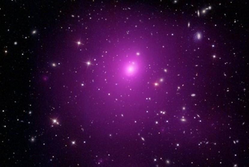 Pusat galaksi Abel 85 (ilsutrasi).
