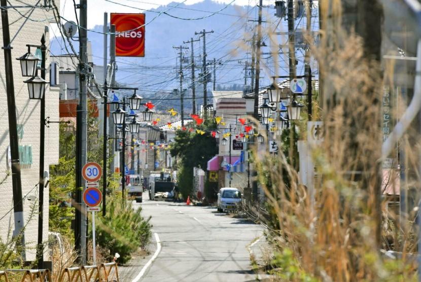 Pusat kota Okuma di Fukushima, Jepang, Selasa (9/4). Pemerintah Jepang membuka kembali Okuma pascabencana nuklir Fukushima.