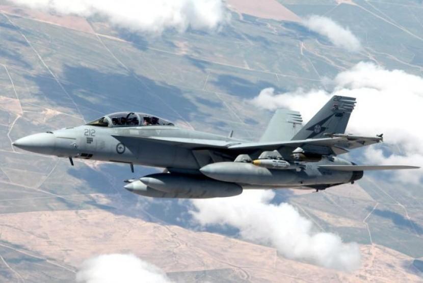 Pesawat koalisi meluncurkan serangan udara terhadap ISIS di Suriah. (ilustrasi)