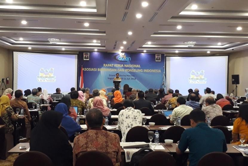 Rakernas Asosiasi Bimbingan Konseling Indonesia (Abkin) di Grand Keisha Hotel, Rabu (11/7).